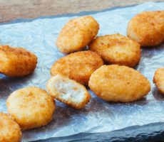 How Long to Air Fry Frozen Chicken Nuggets?