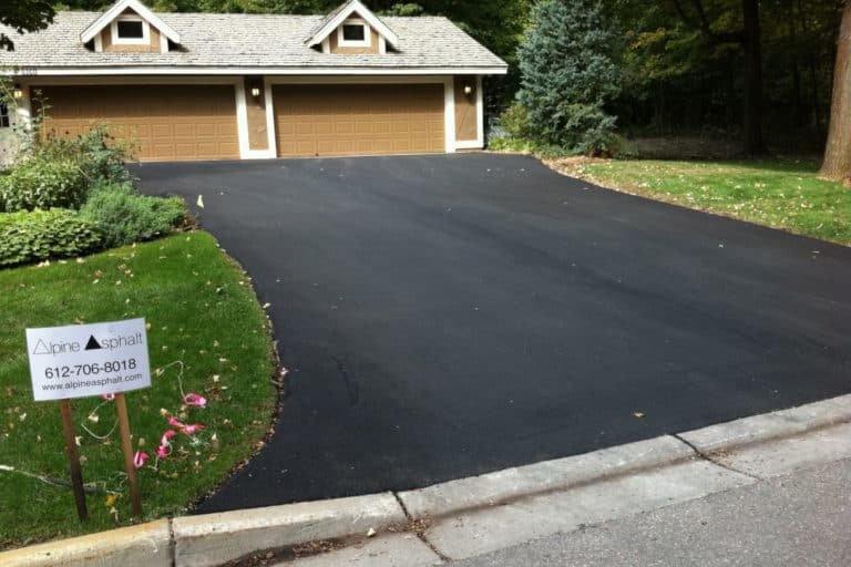 Read more about the article How Long Does Asphalt Take to Dry? (+ Sealing and Rain)