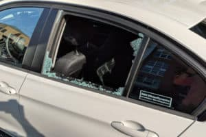 broken car back window bmw